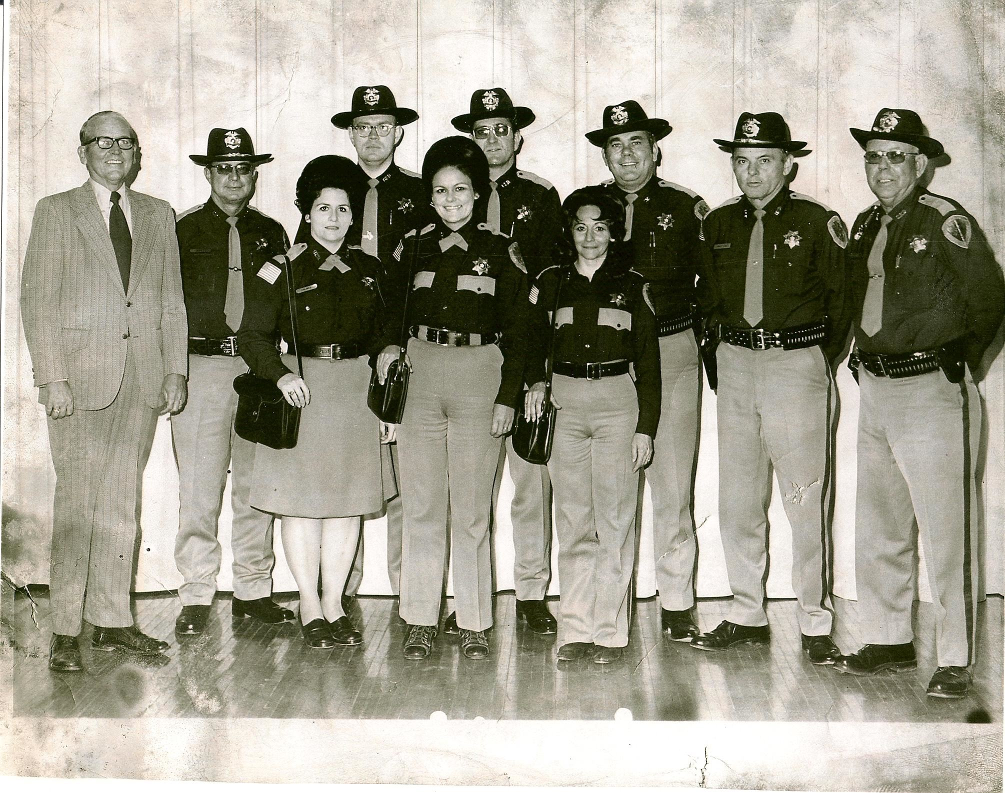 1970s OwPD Entire Police Department